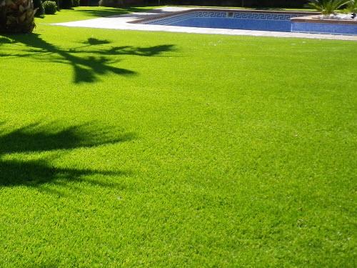Construcci n de jardines empresa de jardiner a rea verda - Cesped artificial barcelona ...