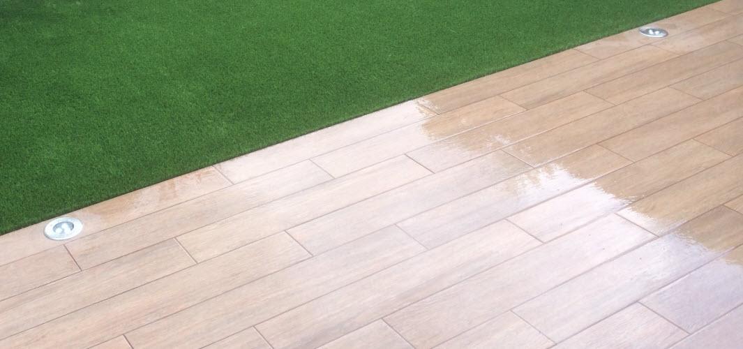 Empresa de jardiner a rea verda construcci n y - Imitacion madera para exterior ...