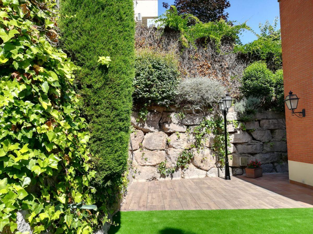 Construccion jardines barcelona empresa de jardiner a Empresas de construccion en barcelona