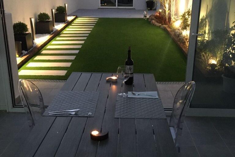 iluminación jardines y exteriores