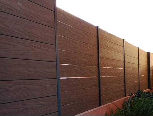 vallas madera tecnologica barcelona