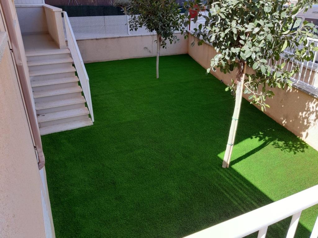 instalación césped artificial Mataró