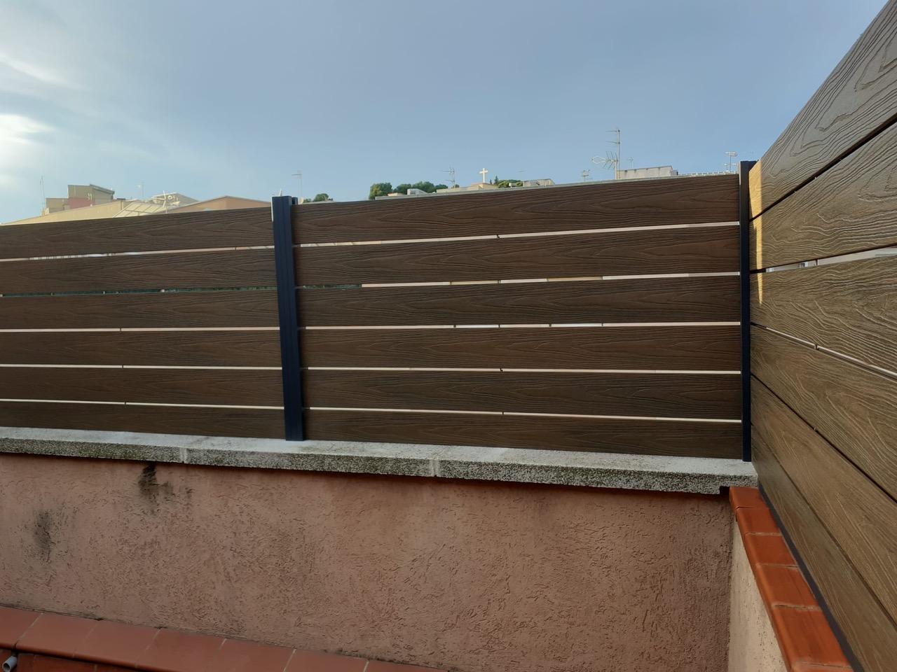 valla de madera tecnológica sintética
