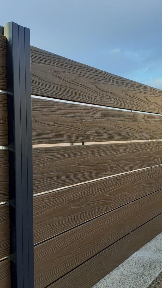 valla imitación madera