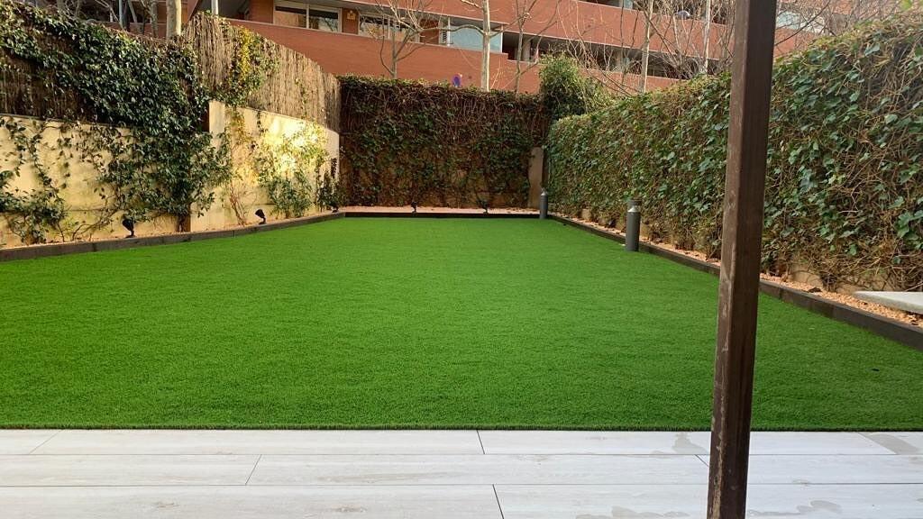 instalación césped artificial barcelona